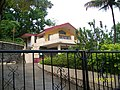 A bungalow at Anandvan - panoramio.jpg