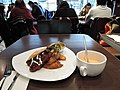 A meal in New York Cafe.jpg