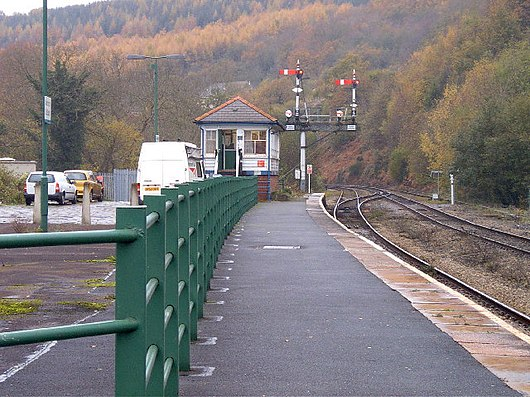 aberdare low level railway station wikivisually. Black Bedroom Furniture Sets. Home Design Ideas