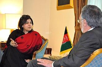 Sayeeda Warsi, Baroness Warsi - Lady Warsi meeting Afghanistan's Foreign Minister Rassoul in Kabul in 2013