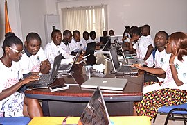 Africa Wikimedia Developers in Abidjan 67.jpg