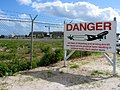 Airport Danger Jet Blast Sign (6543945505).jpg