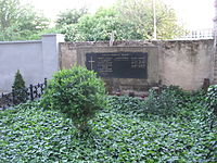 Alapy Gyula sírja 2.JPG