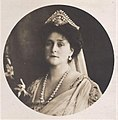 Alexandra Feodorovna of Russia (1872-1918), wearing pearls and a tiara.jpg
