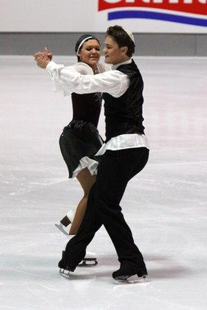 Alexandra Zaretsky - The Zaretskys perform their Hava Nagila original dance in 2009