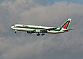 Alitalia I-DEIG 767.JPG
