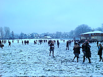 Alleyn's School - Playing in the snow, January 2007