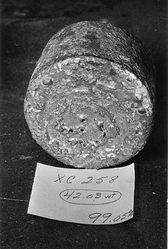 Ames process - Image: Ames Process uranium biscuit