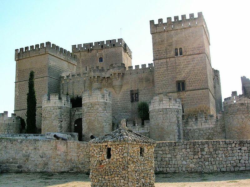 Vista Castillo de Ampudia Palencia