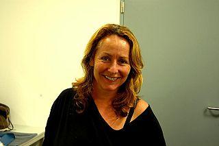 Angela Groothuizen Dutch singer-songwriter