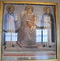 Angelico, madonna tra i santi domenico e tommaso d'aquino 01.JPG