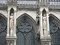 Angels on the northern side of the Reims cathedral.jpg