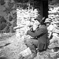 "Anton, volar s sinom pred ""bajto"". Trobi v rog 1954 (2).jpg"