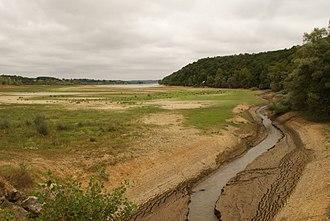 Arrats - The Arrats flowing into the Réservoir de l'Astarac