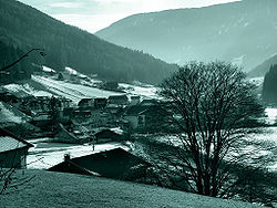 The frazione  of Astfeld in winter.