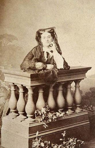 Aurélie Ghika - Visiting card photograph by Levitsky, Paris, 1863
