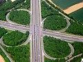 Autobahnkreuz Kaarst - A52 und A57 kreuzen sich - panoramio.jpg