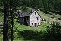Baita all'Alpe Devero.jpg