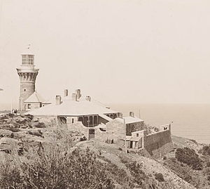 Barrenjoey Head Lighthouse - The lighthouse and the cottages, 1902