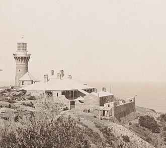 Barrenjoey Head Lighthouse - The lighthouse and the cottages, 1902.