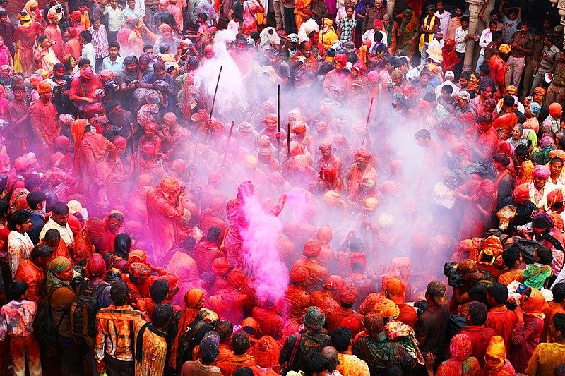 Fichier:Barsana Holi Festival.jpg