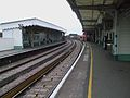 Battersea Park stn South London Line look south2.JPG