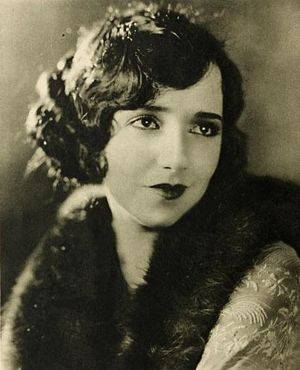 Bebe Daniels - Publicity photo, circa 1924