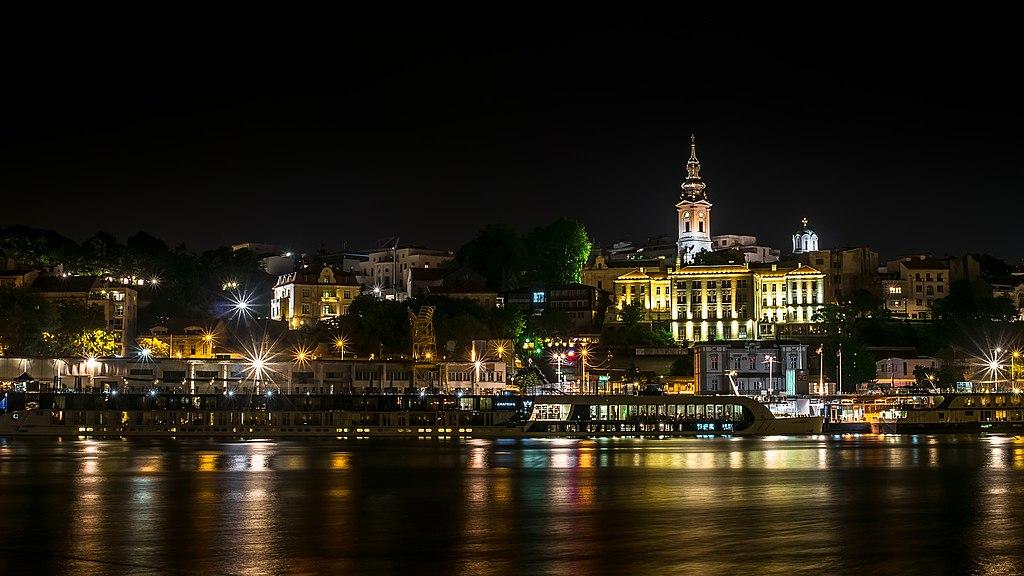 Beograd nocu.jpg