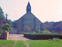 Berchères - Avril 1977 - L'église.JPG