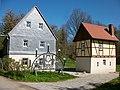 Bergamtshaus mit Bergschmiede in Herrnsdorf.jpg