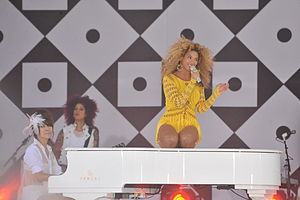 Best Thing I Never Had - Image: Beyoncé Knowles GMA 2011
