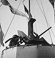 Bijschrift On board a Dutch Coaster aan boord van een Nederlandse kustvaarde, Bestanddeelnr 935-3183.jpg