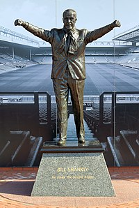 Bill Shankly statue, Anfield 2018.jpg