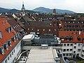 Blick von der Dachterrasse Kaiser-Joseph-Straße 192 in Freiburg Richtung Martinstor und Universität.jpg