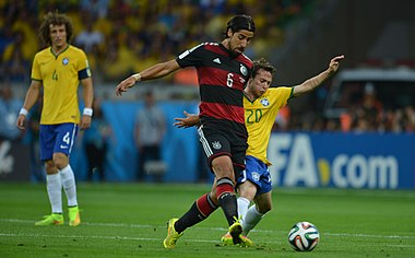 Brazil vs Germany, in Belo Horizonte 07.jpg