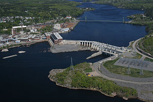 Grand-Mère, Quebec - Image: Bridge & Dam in Grand Mère