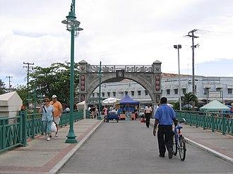 Chamberlain Bridge - The Commemorative Independence Arch