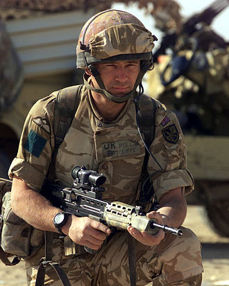 Parachute Regiment (United Kingdom) - A soldier from the 3rd Battalion in Iraq in 2003, armed with an L85A2