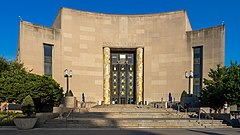 Brooklyn Public Library (48291925691).jpg