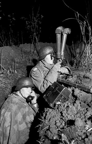 Periscope - Image: Bundesarchiv Bild 101I 198 1363 29A, Russland, Artillerie Beobachtung