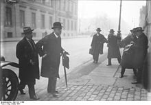 Bundesarchiv Bild 102-11466, Sir Eric Drummond.jpg
