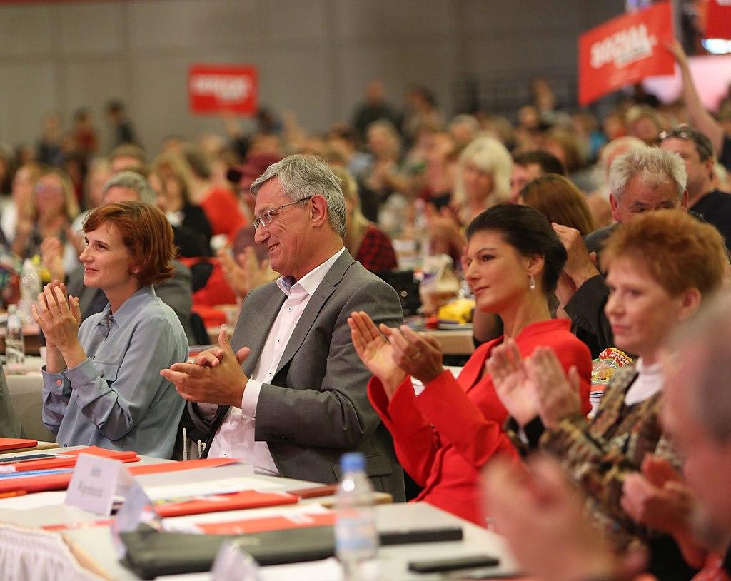 Bundesparteitag DIE LINKE (35217549085).jpg