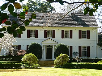 North Shore (Sydney) - Family home in Wahroonga, a suburb in the Upper North Shore.