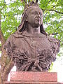 Bust of Queen Victoria, Gateacre Village, Liverpool (2).JPG