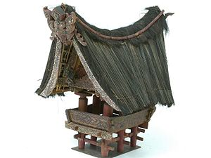 Sopo (structure) - Model of a sopo of the Batak Toba. The singa decoration on top gives it an appearance of a buffalo-like creature.