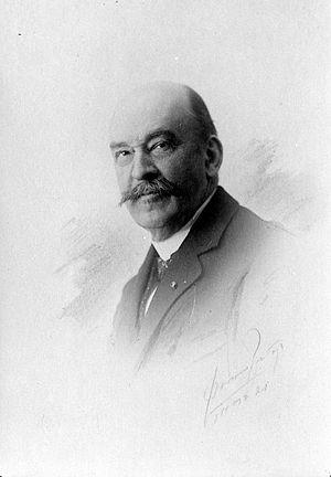Dirk Fock - Image: COLLECTIE TROPENMUSEUM Studioportret van Gouverneur Generaal Mr. D. Fock T Mnr 10018708