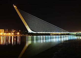 Puente del Alamillo - The Alamillo Bridge at night