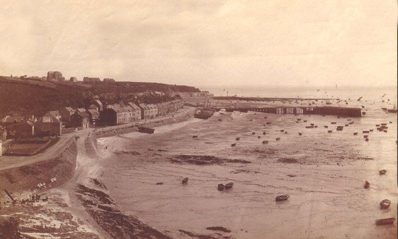 File:Cancale - Photographie de la houle en 1896.jpg