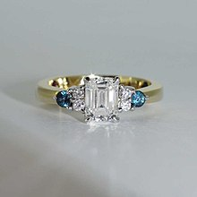 Engagement Ring Wikipedia