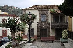 Santa mar a de gu a de gran canaria wikipedia la for Casas modernas wikipedia